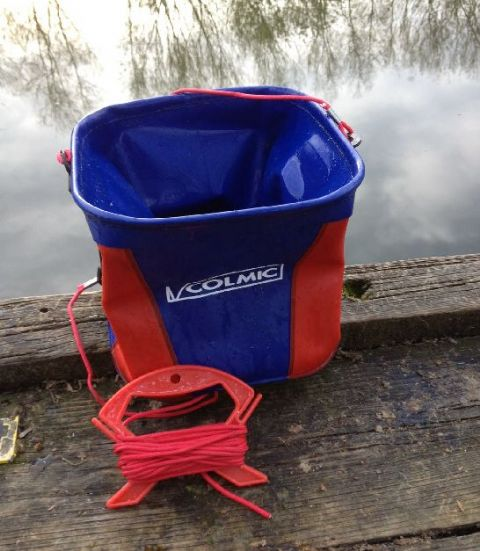 Colmic Water Bucket